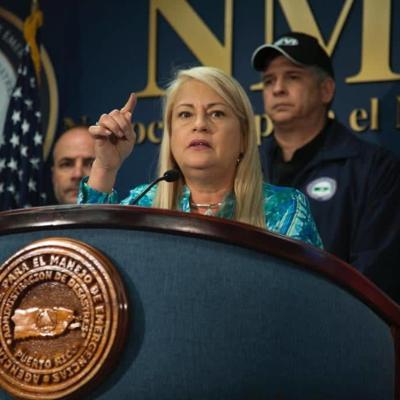 EN VIVO: Gobernadora ofrece conferencia de prensa desde el NMEAD