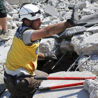 Ataques aéreos contra rebeldes en Siria matan a familia de 7