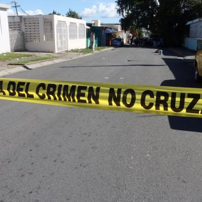 Asesinan a un hombre en la plaza pública de Salinas
