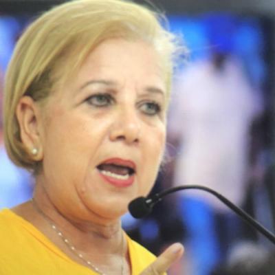 Alcaldesa de Loíza reclama le cedan escuela para utilizarla de refugio