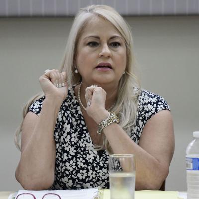 Llega a 10 lista de leyes firmadas por Vázquez