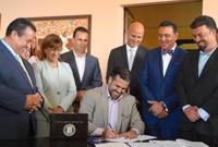 Gobernador libera a los municipios del pago de pensiones