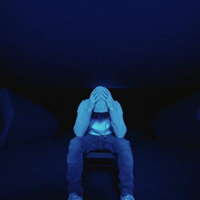 Eminem lanza álbum sorpresa