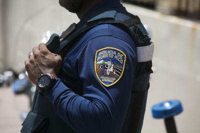 Agentes acusados sopesan declararse culpables