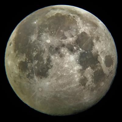 Celebran Noche de Observación Internacional de la Luna  2020