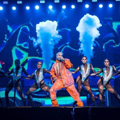 Rauw Alejandro pone a bailar a su fanaticada en el Choliseo