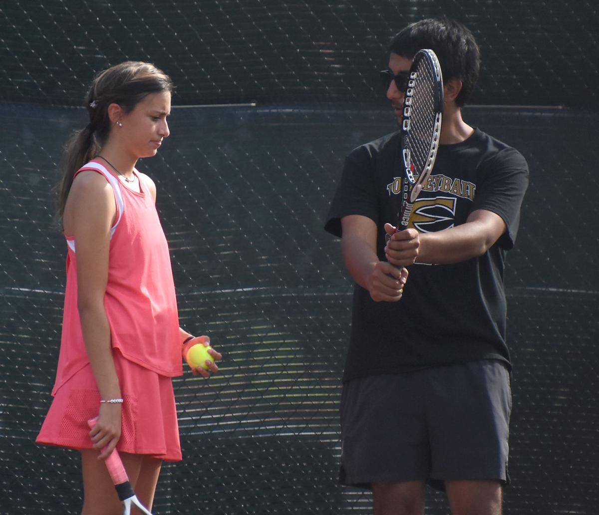 091019-gaz-tennis1.jpg