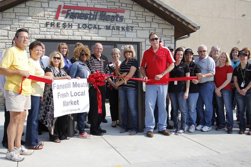 Fanestil celebrates ribbon cutting ceremony at new location