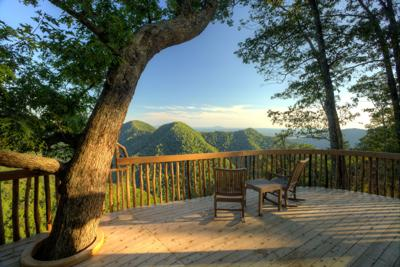 Want to 'rough it' in style? For a taste of nature, here are three stunning destinations for glamping in Virginia