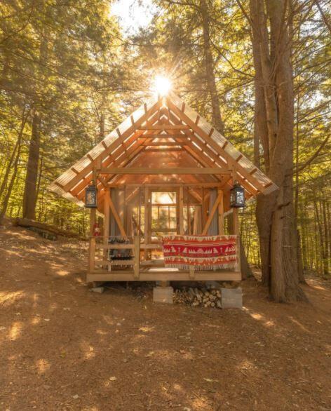Tanglebloom Cabin2.JPG