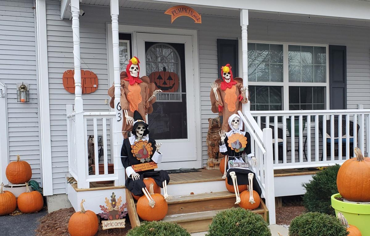 Cushing Drive Thanksgiving decorations