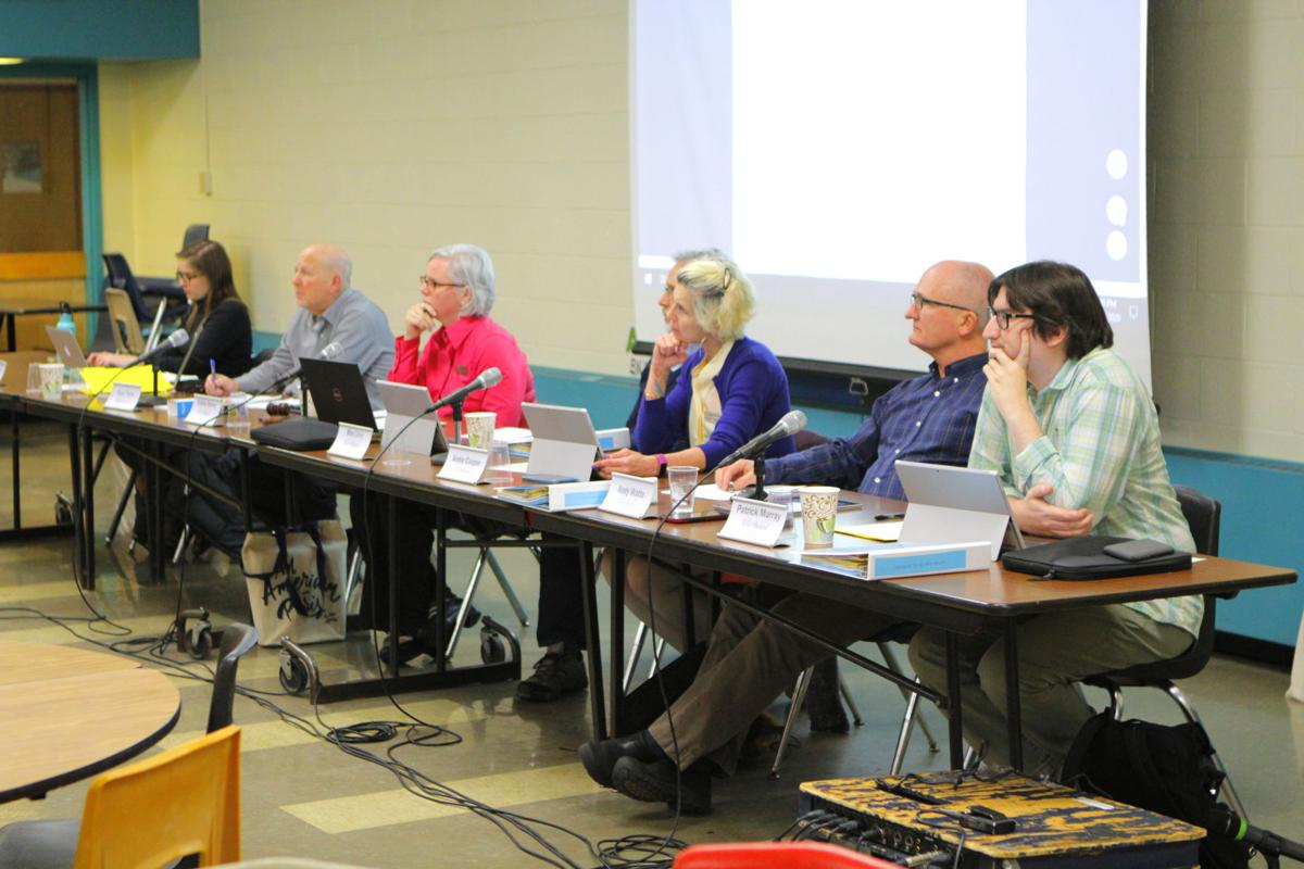 Essex residents gather to discuss petition to expand selectboard