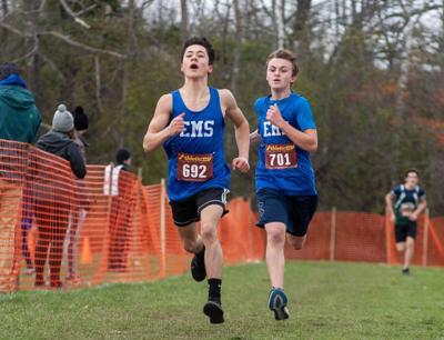 Essex middle schoolers XC runners