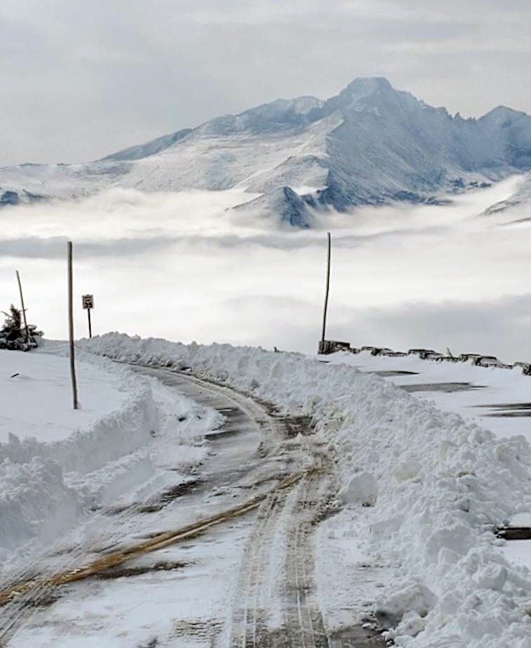 Trail Ridge Road, Snow September 2020