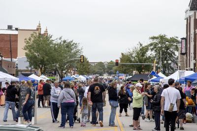 Market brings food, sights, merchandise
