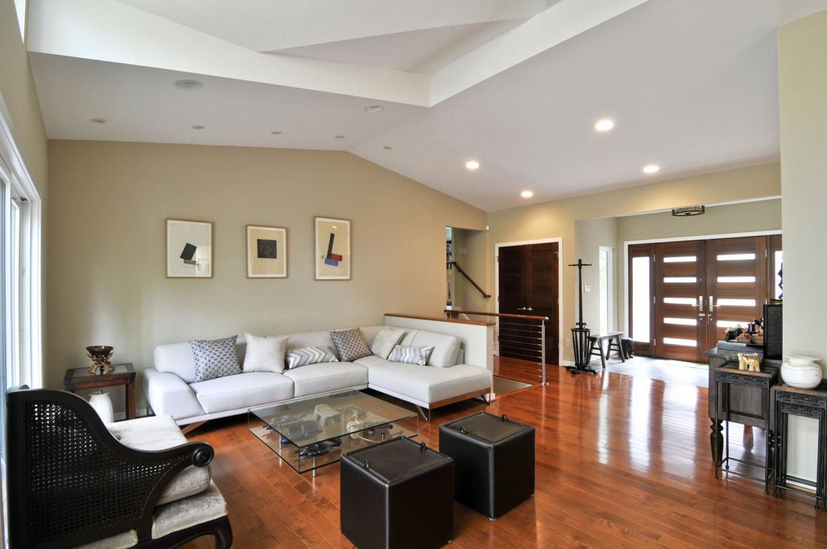 2 Interior.jpg