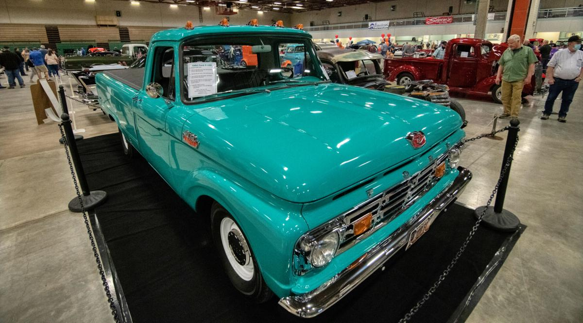 2000-20210403_28th-Annual-Great-Falls-Custom-Car-Show_HDR_DSC0137.jpg
