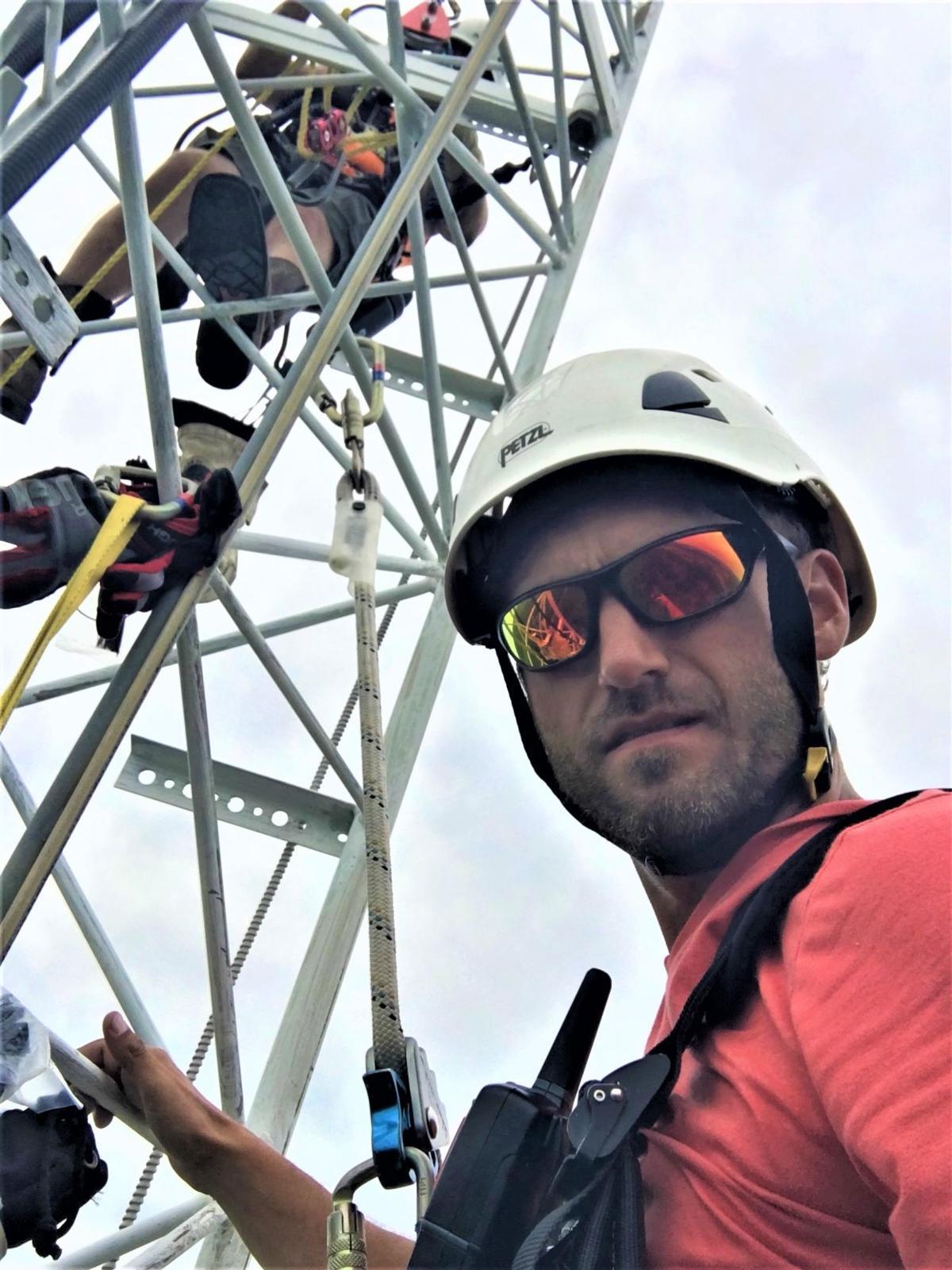Illinois company's broadband work ramps up despite pandemic