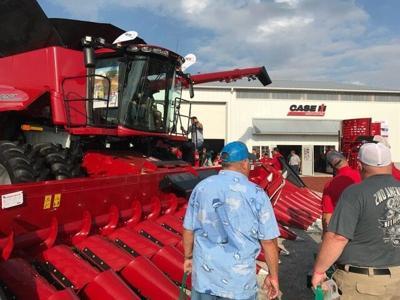 U.S. tractor, combine sales accelerate in 2020