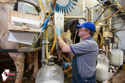 Illinois Dairy Summit focuses on future after challenging past