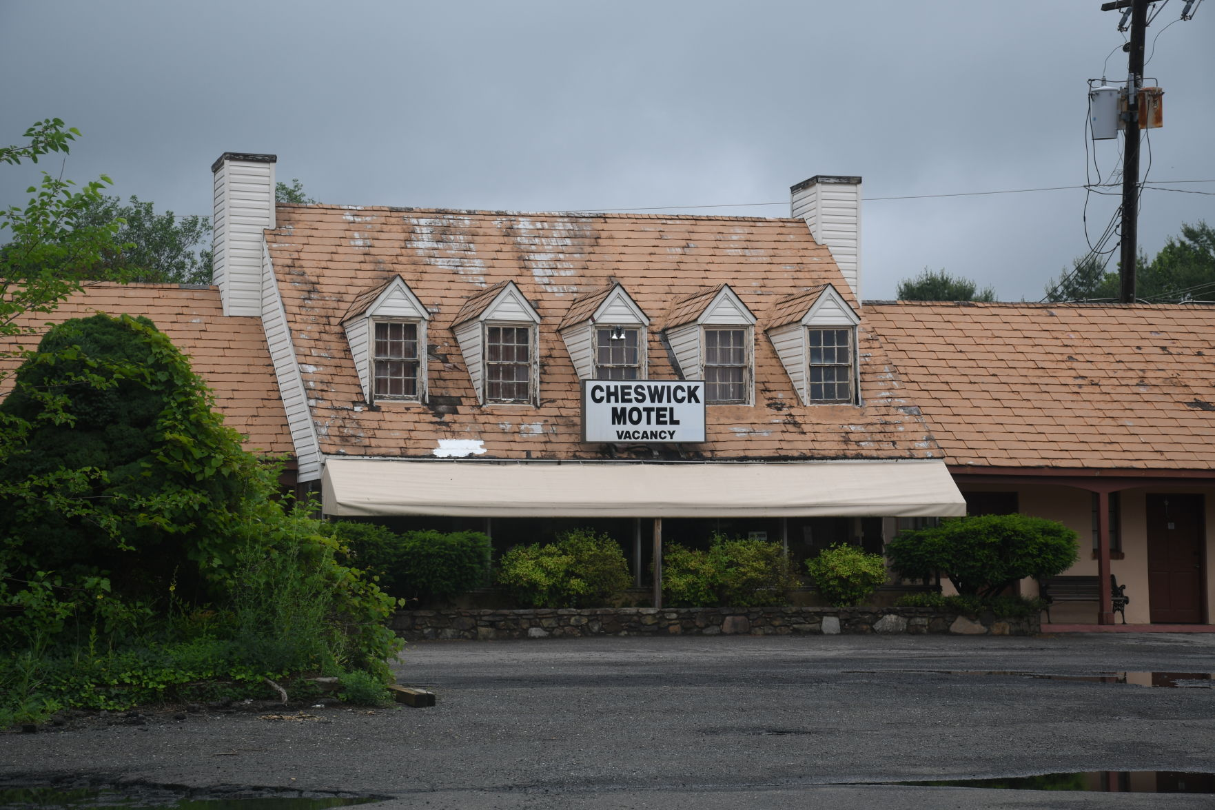 The Cheswick Motel, A Fixture On Broadview Avenue Since The 1950s, Has Been  Ordered By The Town To Repairs More Than A Dozen Units Deemed Unfit For  Human ...