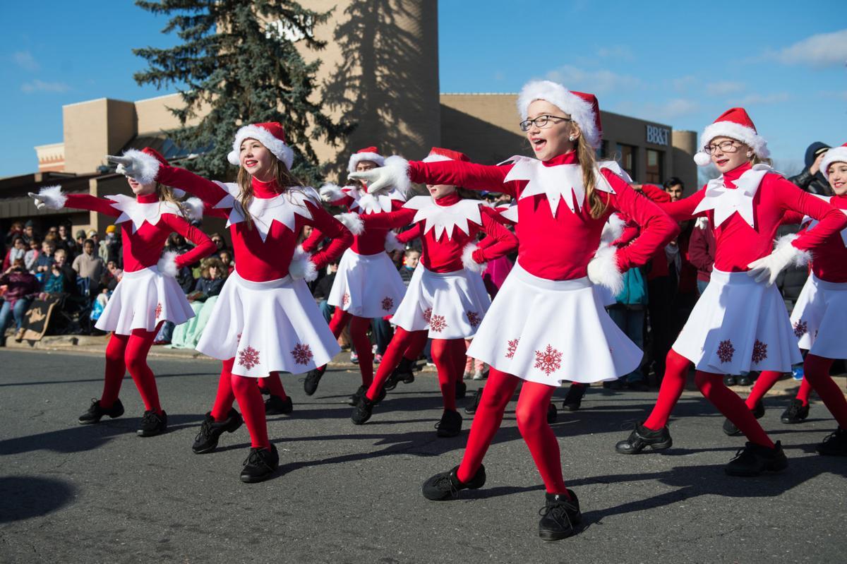 City Of Manassas Christmas Parade 2021 Parade Planner Christmas Parades Around The Area Lifestyles Fauquier Com
