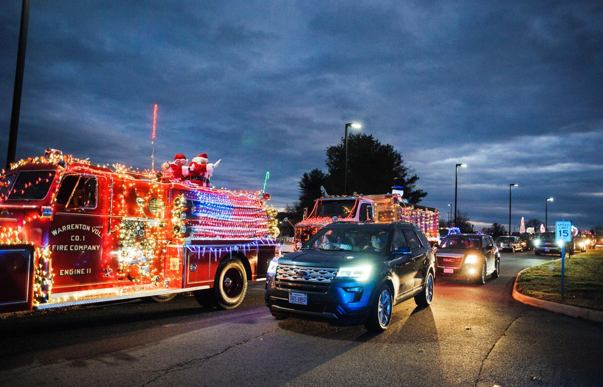 photo_ft_news_warrenton christmas parade-6_20201205.jpg