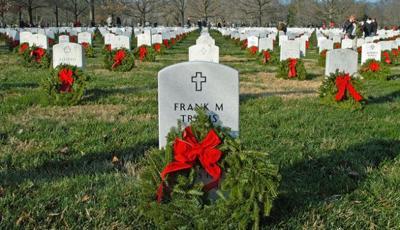 Photo_Page2_wreaths.jpg