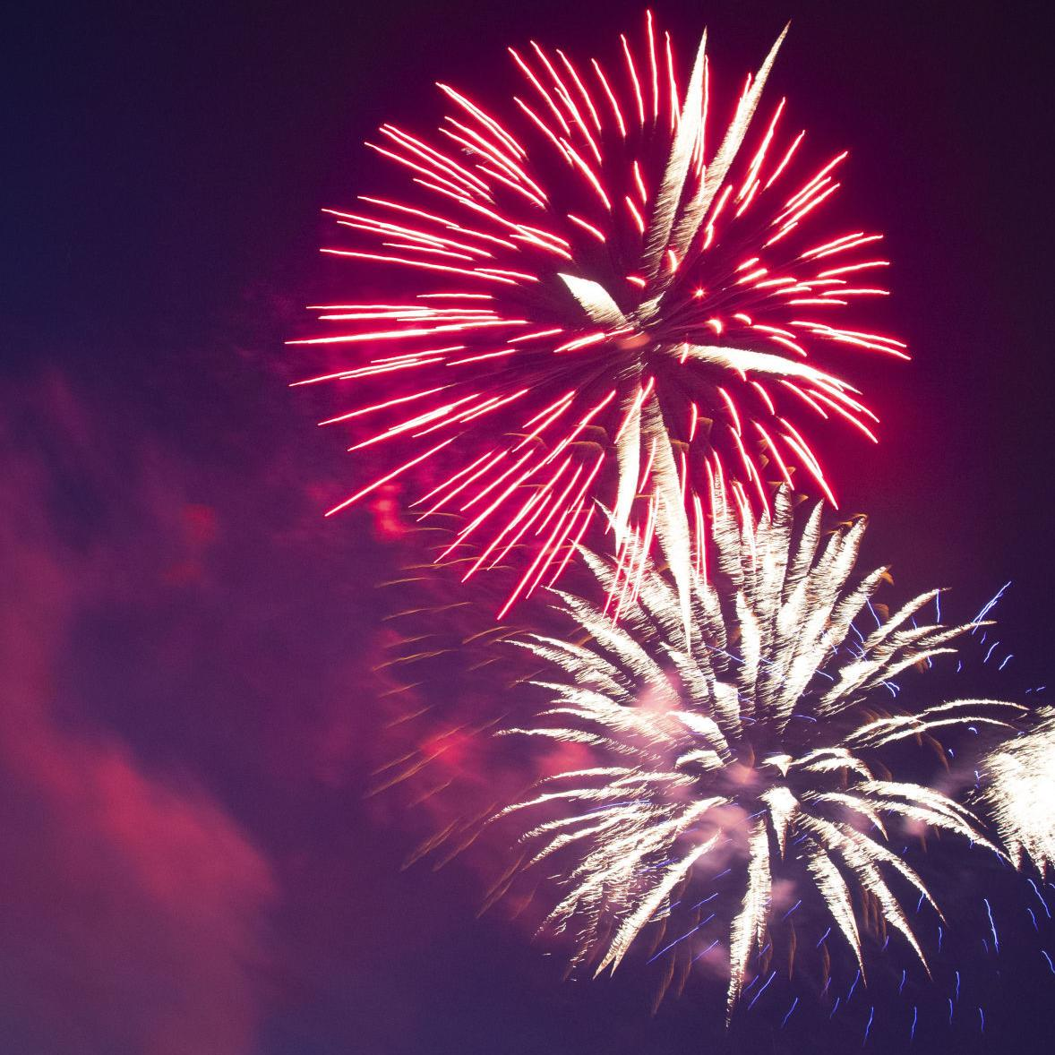 Town of Warrenton fireworks show lights up the Fourth of July