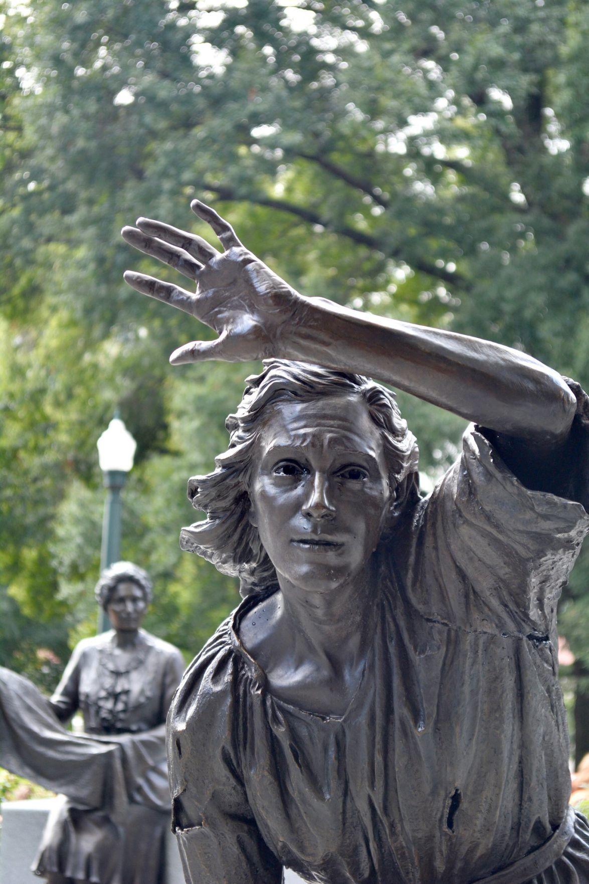 Women's Monument -- Mary Draper Ingles