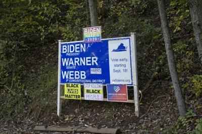 photo_ft_news_biden sign 2_102120_1.jpg
