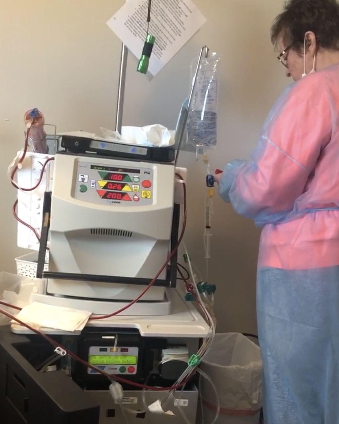 photo_ft_news_Ina Houston dialysis machine.jpeg