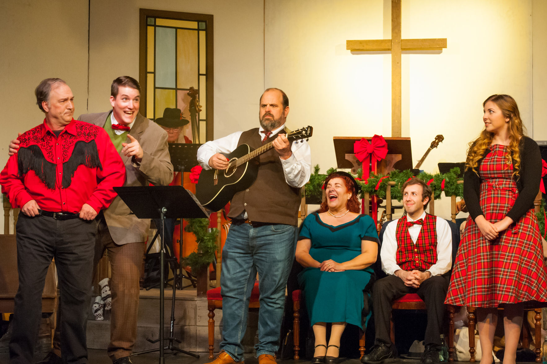 Sanders family brings Christmas to Fauquier Community Theatre ...