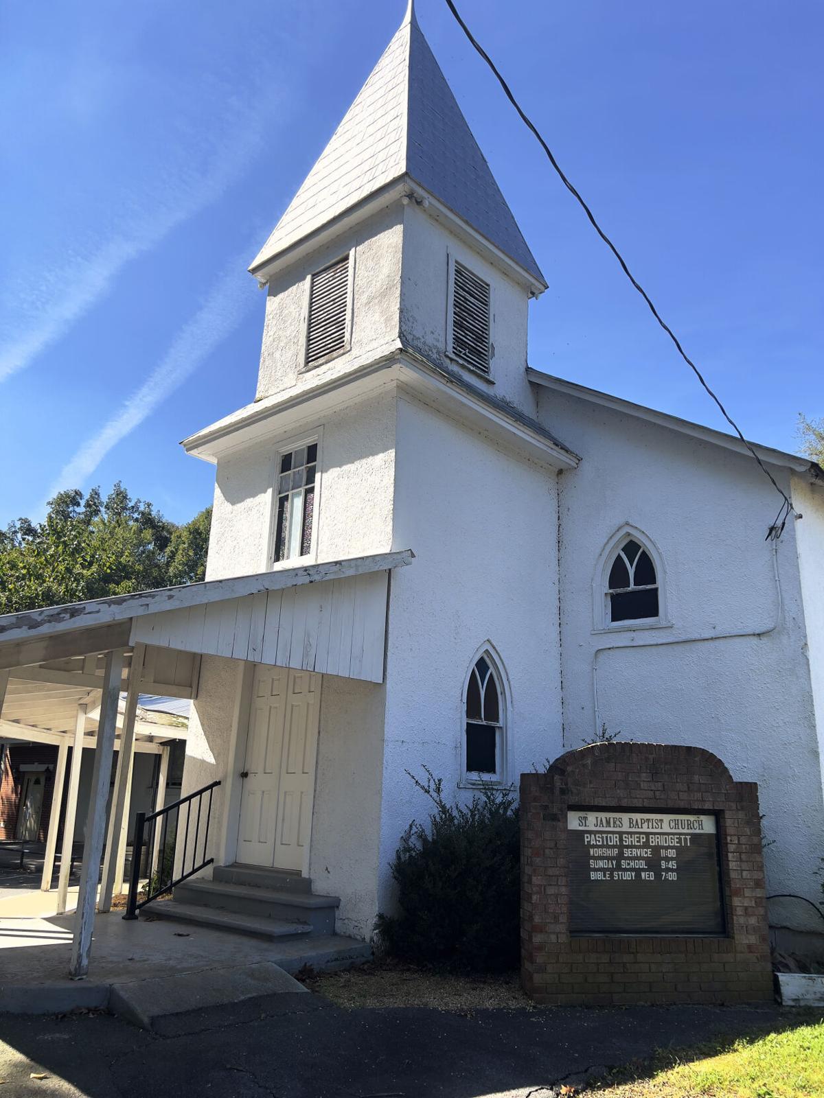 photo_ft_news_st james church_100621.jpg