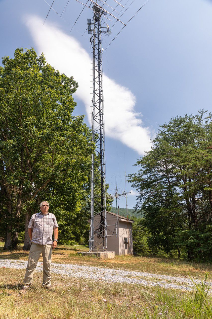 photo_ft_news_allan boaz with tower in backyard_072419.jpg