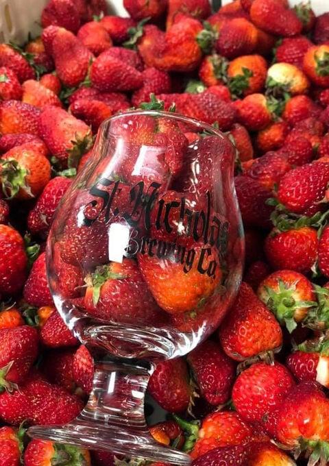 St. Nicholas Brewing Co. Strawberry Blonde
