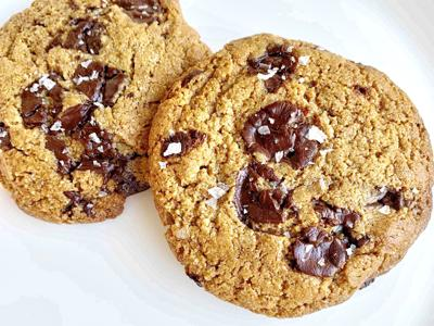 Clean Cookie Co. Chocolate Chip Cookies