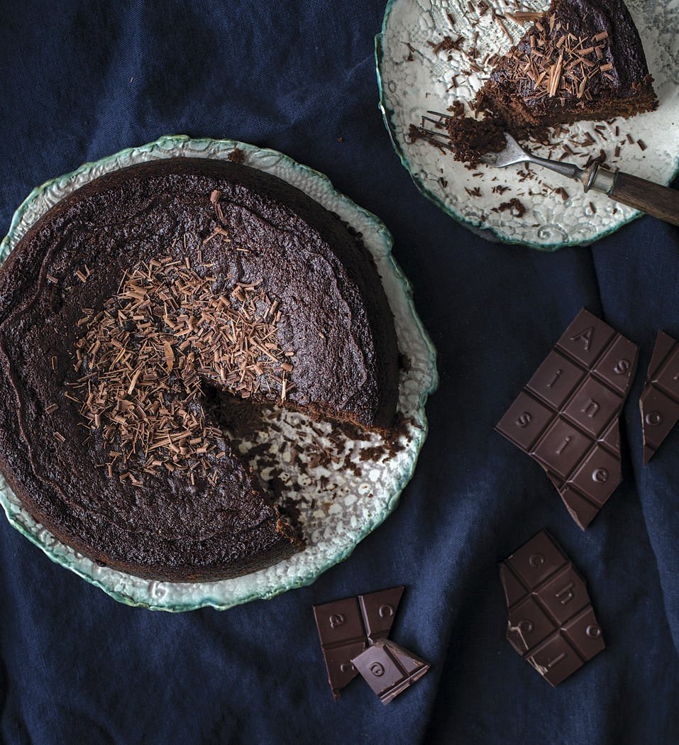 Chocolate Cake with Winter Spices