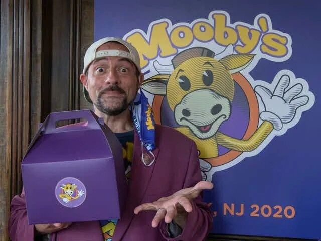 Mooby's Kevin Smith