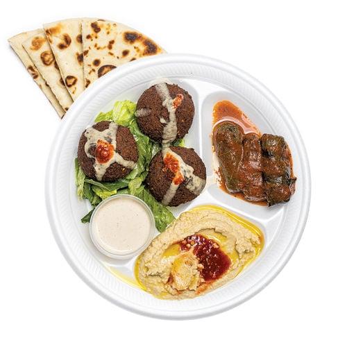 Papu's Cafe falafel