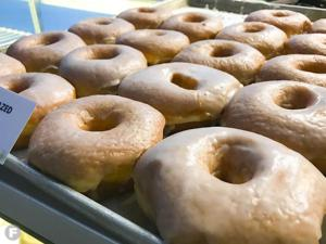 Doughnut Lounge Now Open in Overland Park