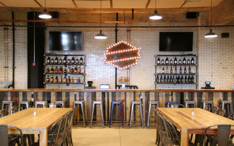Old Bakery Beer Co: Interior