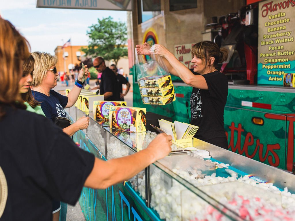 How One Family is Pulling Saltwater Taffy Back into Local