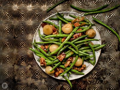 Roasted Green Beans With Pearl Onions and Bacon Lardons in Balsamic Glaze