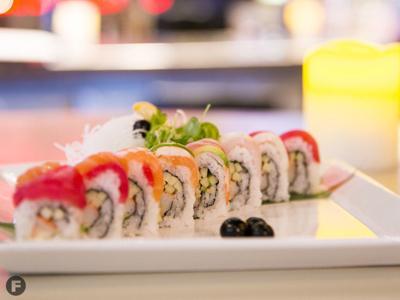 Haruno Sushi Bar & Grill sushi roll
