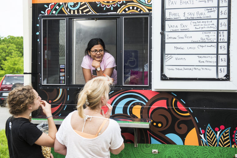 Bombay food junkies close to winning vegan food truck of the year where were dining bombay food junkies forumfinder Images
