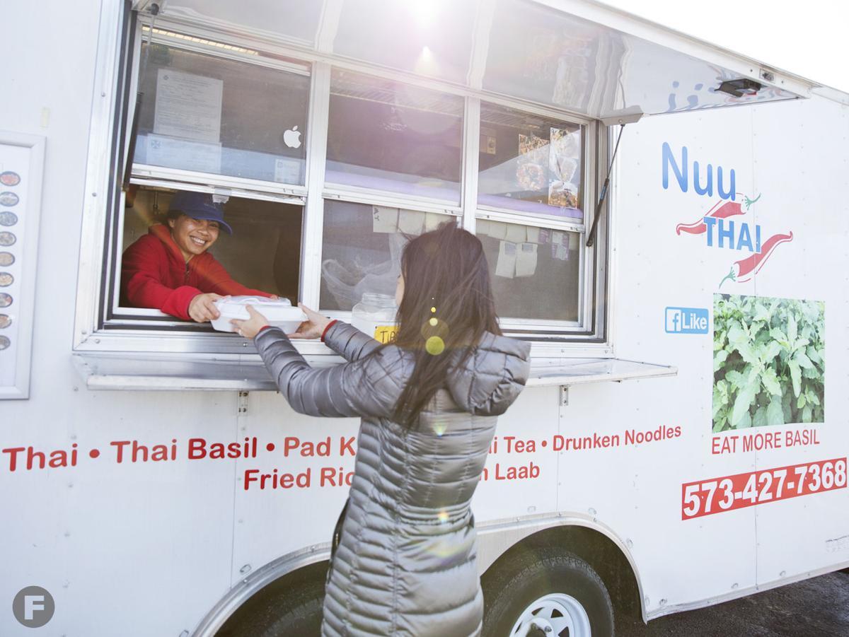 Nuu Thai truck