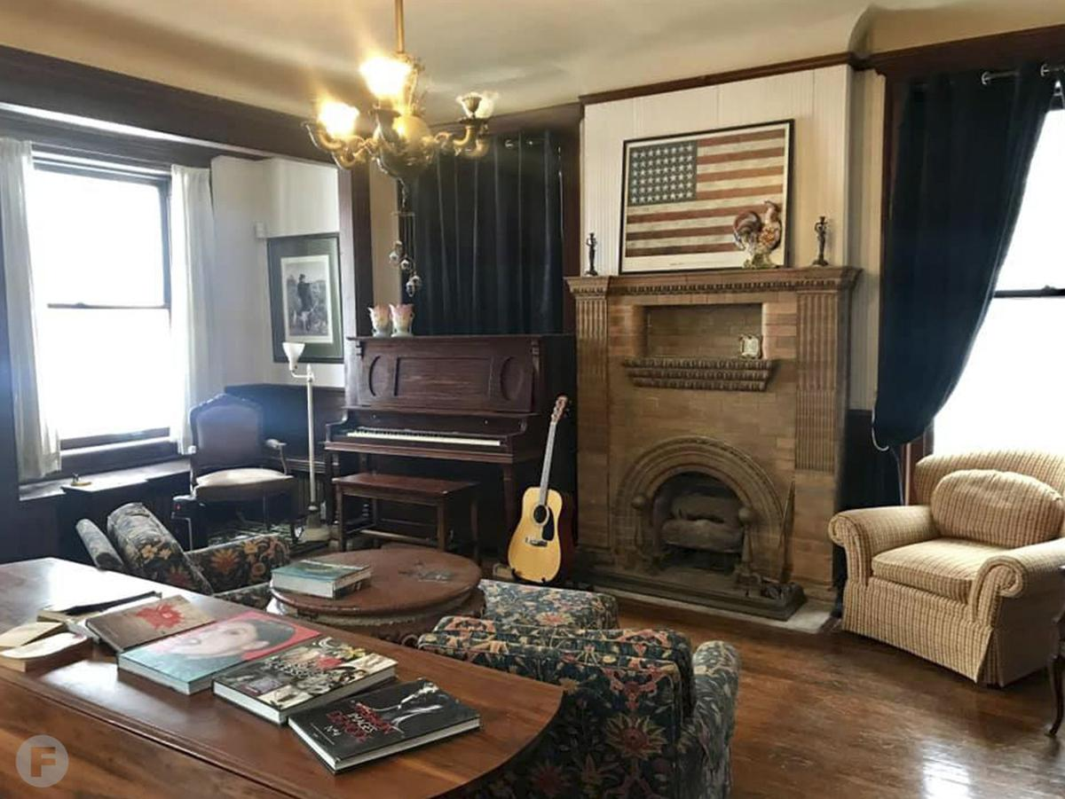 Mansion Coffee Interior