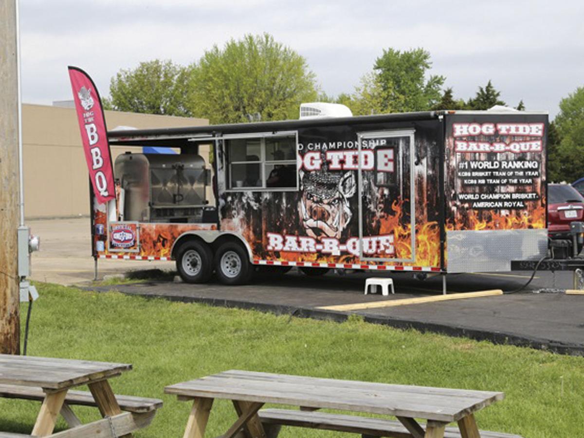 Hog Tide Bar-B-Que Truck