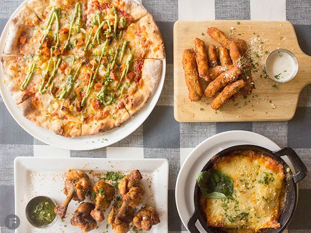 Mona's, An American-Italian Joint Brings a New Kind of Pizza